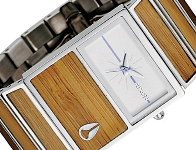 Nixon A300-1897 Ladies Small